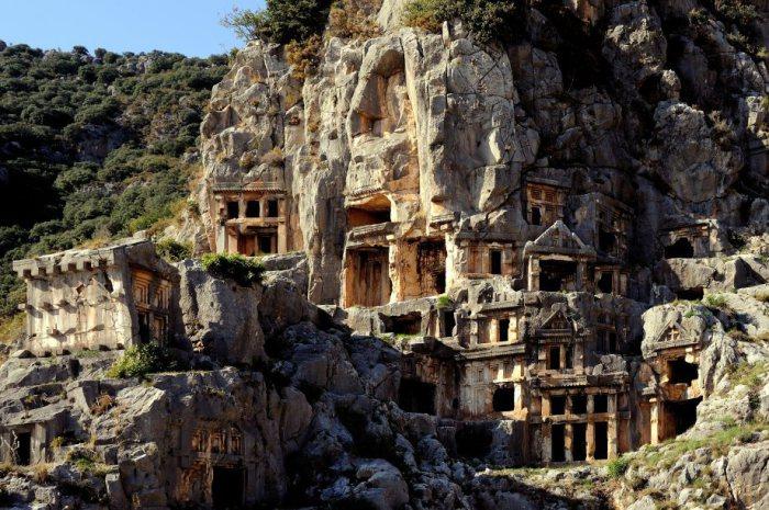 Ликийские гробницы Миры в Турции.