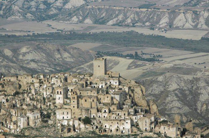 Коммуна Крако в Италии.