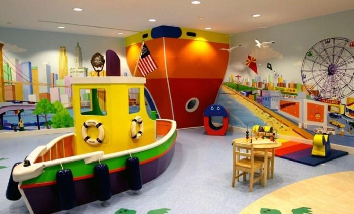 Морской порт в детской комнате.