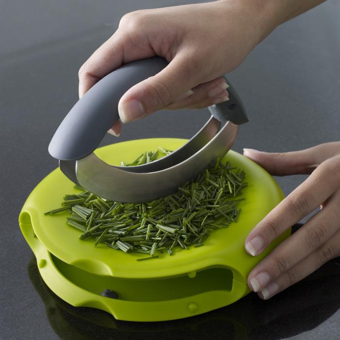 Чудесный нож для пряных трав.