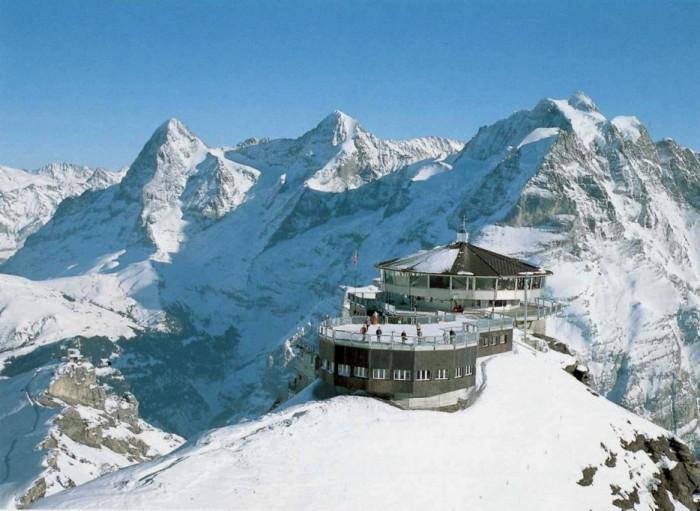 Ресторан на вершине горы.