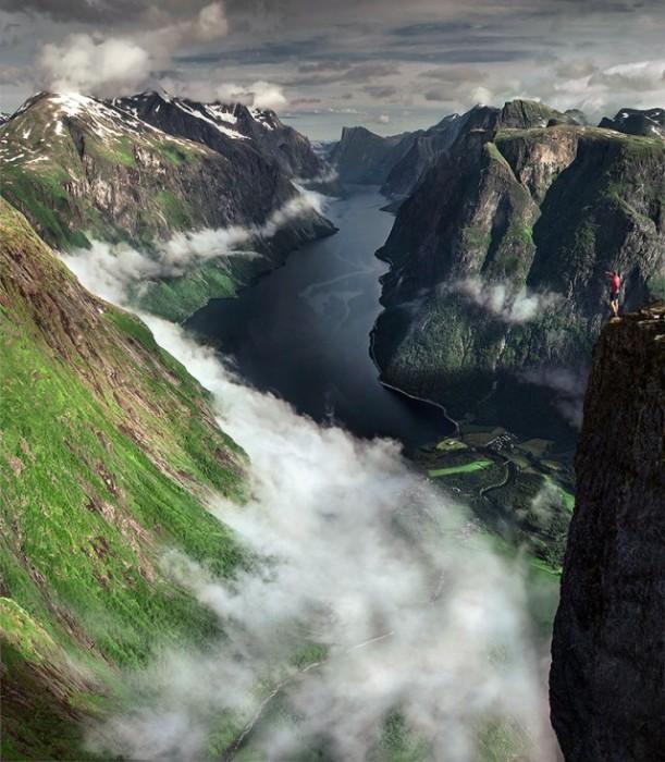 Захватывающие дух горные склоны.