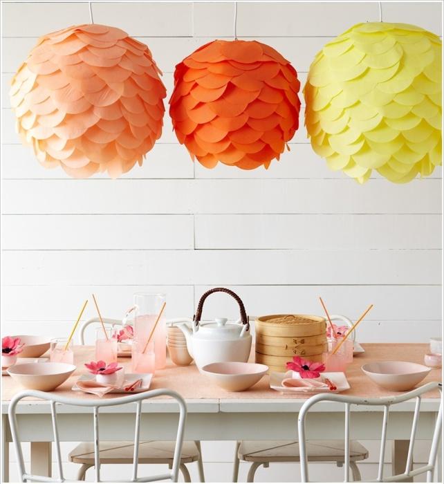 Оранжевые лампы для вечеринки.