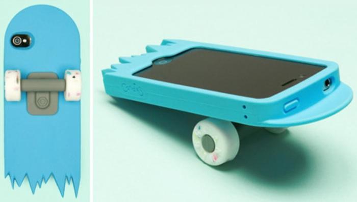 Оригинальный аксессуар и простой способ разбить экран своего телефона.