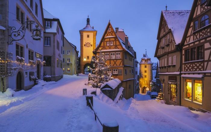Сказочный зимний город.