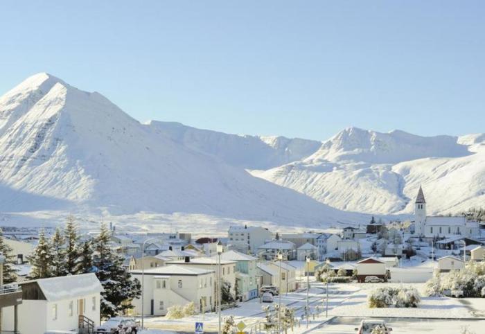Зима в Исландии.