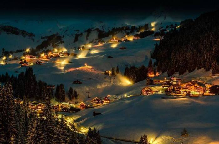 Красота зимнего города Дамюльс.
