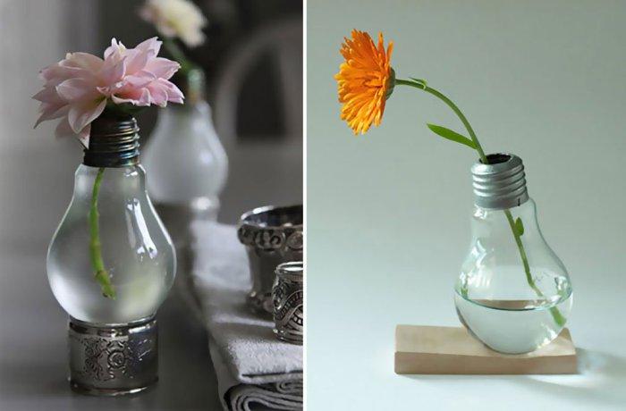 Ваза для цветов из лампы.