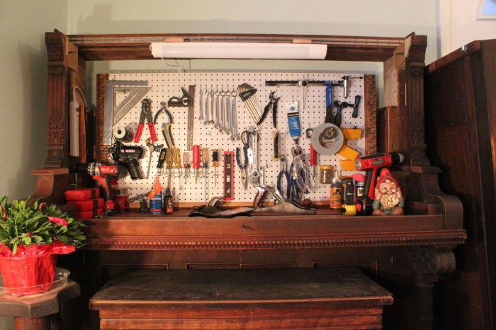 Удобный способ хранить многочисленные инструменты.