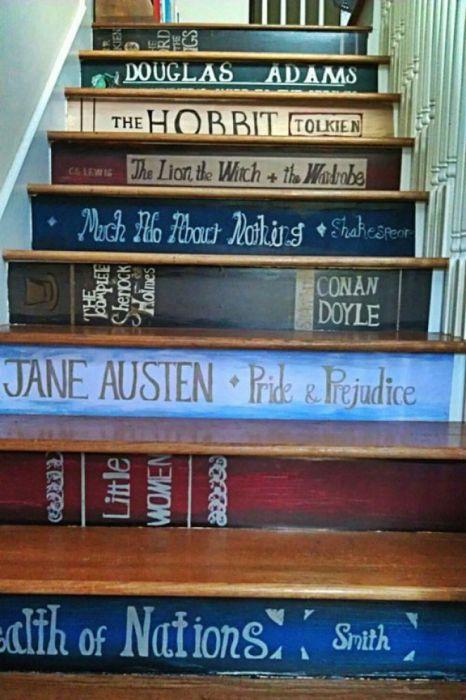 Замечательный способ никогда не расставаться с любимыми книгами.