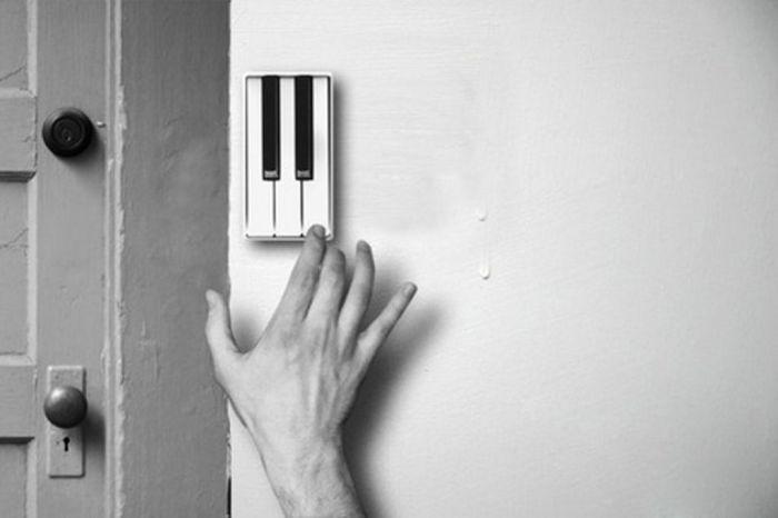 Гости смогут вам сыграть веселую короткую песенку, когда придут проведать вас.