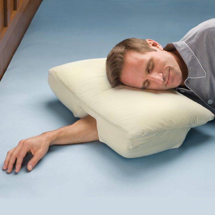 Прекрасная подушка избавит вас от многих неудобств во время сна.
