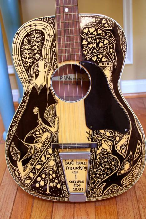Замечательный способ придать внешнему виду гитары неповторимость.