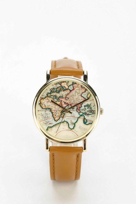 Циферблат этих часов выглядит как карта мира.