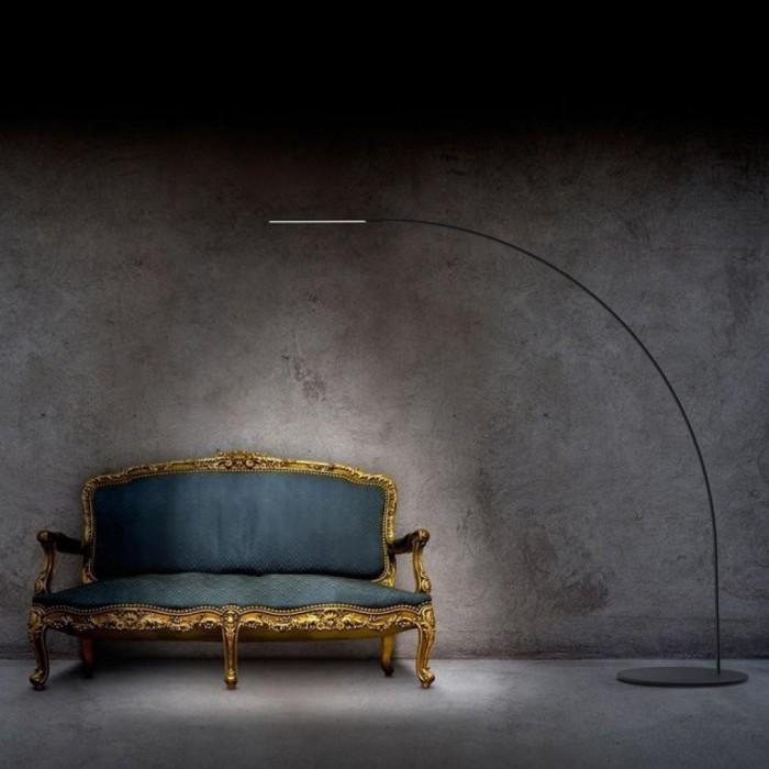 Минималистичная лампа, которая может служить как оригинальный аксессуар в комнату.