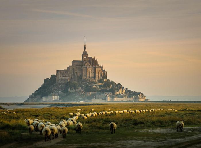 Один из самых известных объектов Франции