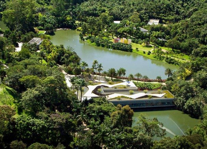 Большой музей современного искусства в Бразилии.