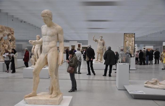 Один из крупнейших музеев планеты.
