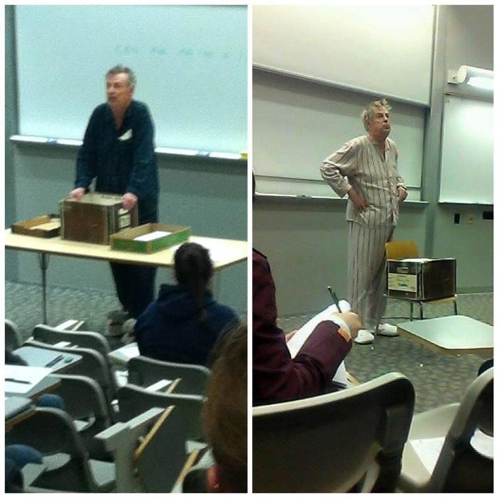 Лектор пришел на работу в пижаме, протестуя против занятий ранним утром.