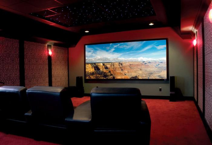 Великолепные идеи обустройства подвалов. Кинотеатр в подвале дома.