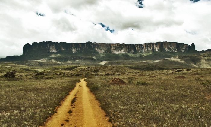 Необычная гора Рорайма.