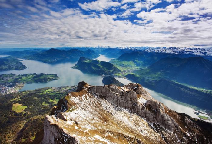 Альпы в Швейцарии.