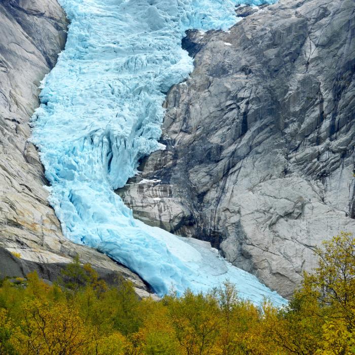 Часть одного из самых больших ледников планеты.