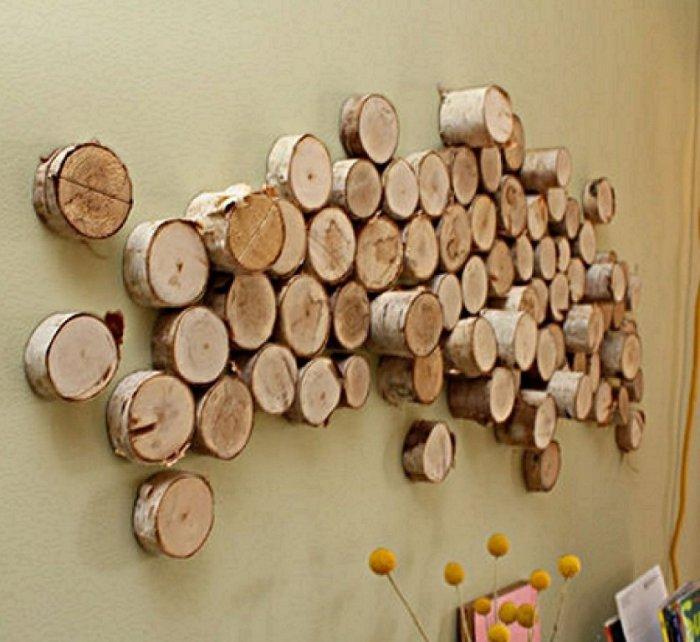 Оригинальный способ украсить стены в комнате с деревенским стилем.