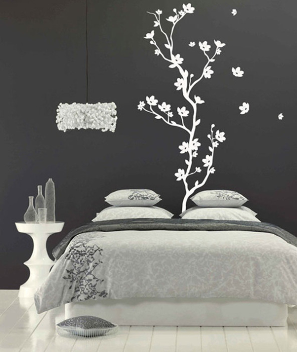 Классическое черно-белое сочетание цветов смотрится великолепно.