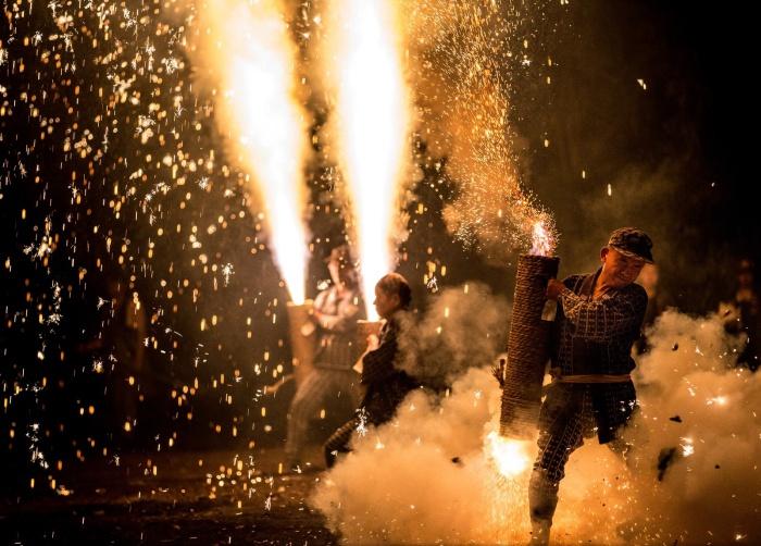 Фестиваль фейерверков в Японии от Hidenobu Suzuki.