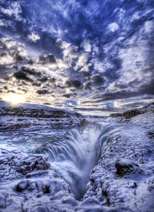 Снежные массивы северо-западной Исландии.
