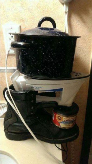 Легкий способ подогреть пищу в случае, если газ отключили.
