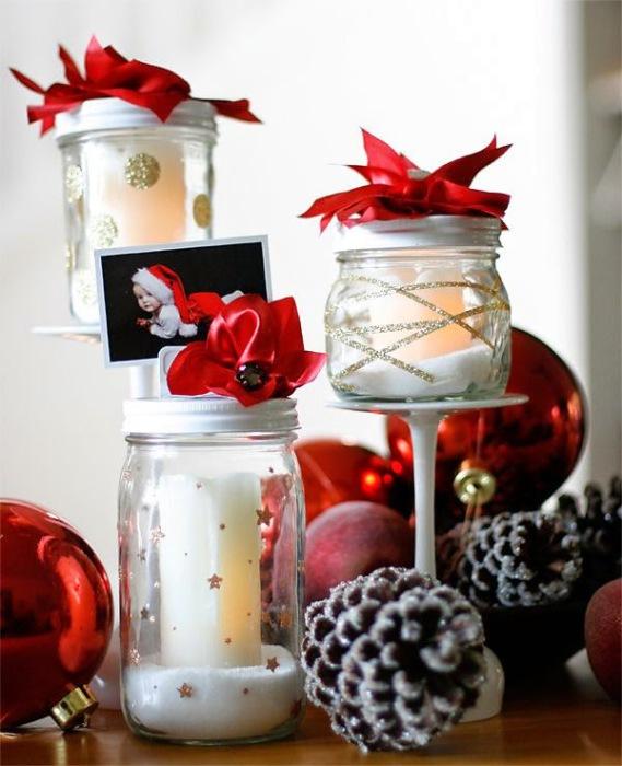 Красивые праздничные предметы декора.