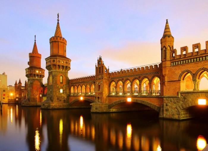 Столица Германии.
