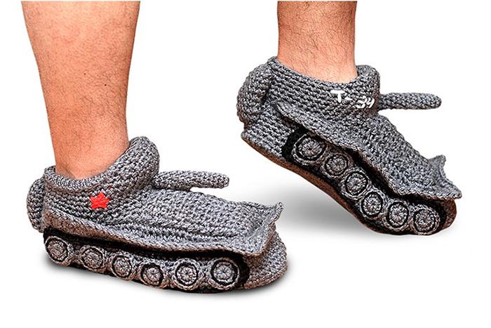 Любой враг убежит в страхе при виде таких носков.