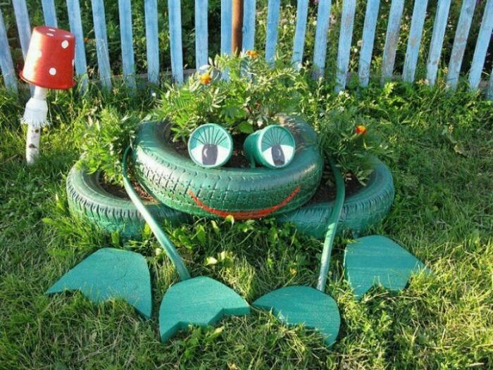 Оригинальная скульптура для сада.