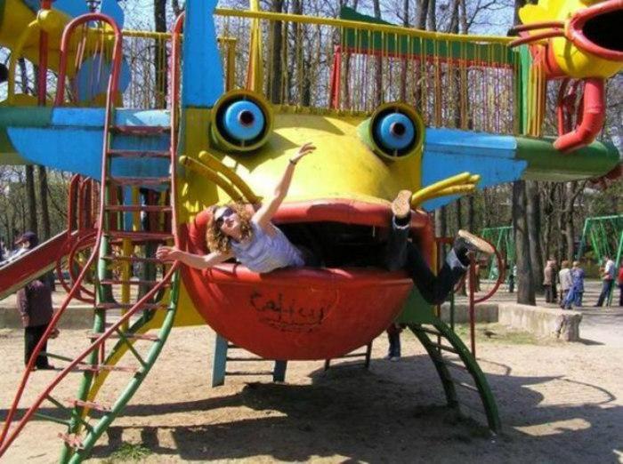 Жуткие детские площадки.