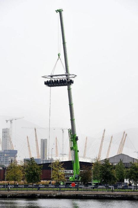 Поужинать на высоте более 30 метров может каждый, кто посетит лондонскую верфь.