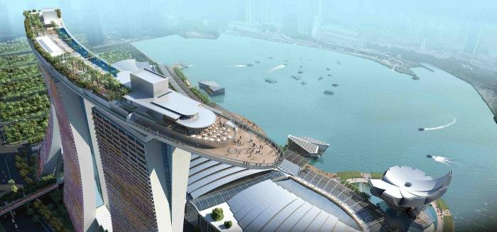 С крыши этого здания можно узреть всю красоту Сингапура.