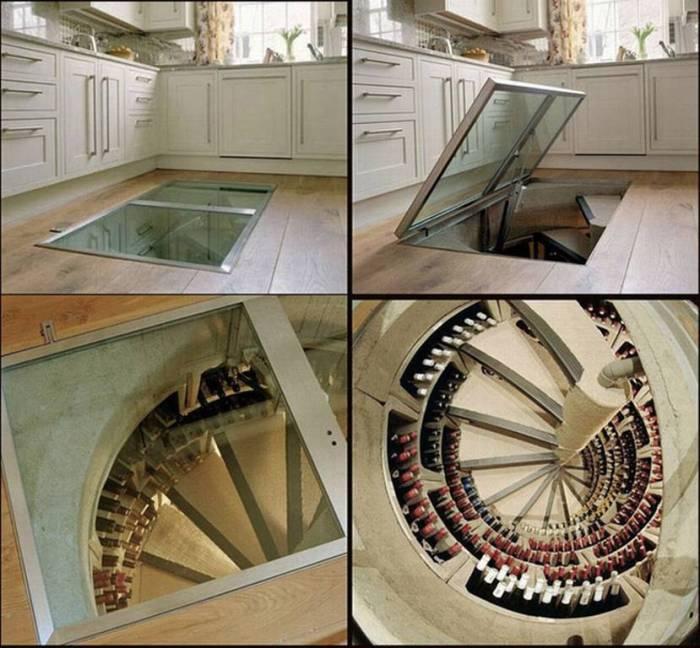 Потайной подвал в кухне для хранения вина.