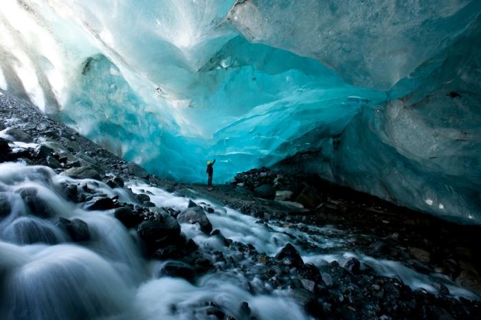 Ледник на Аляске, в США.