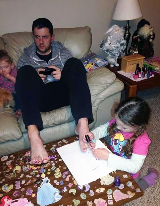 Все ради любимой дочери и спокойной партии в видеоигре.