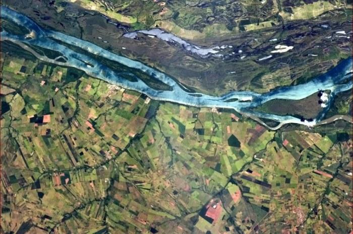 Река Парана в одноименном штате Бразилии.