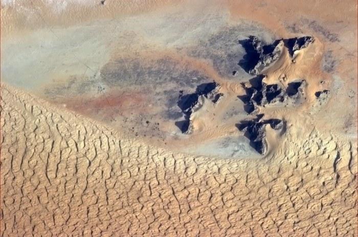 Жаркие пески Саудовской Аравии.