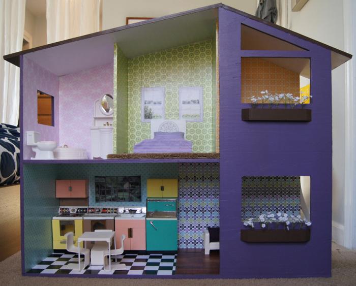 Прекрасный кукольный дом из картона.