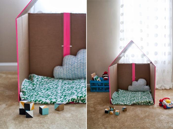 Картонный домик для ребенка.