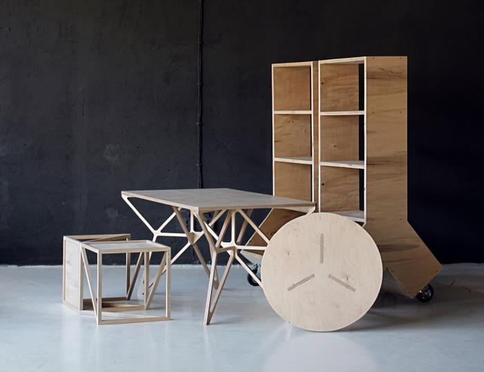Оригинальная мебель из натурального дерева.