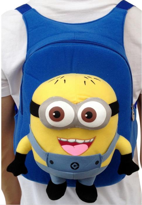 Милый рюкзак с Миньоном идеальный для хранения бананов.