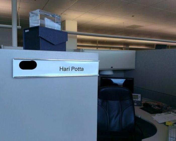 Настоящий Гарри Поттер и его офисная магия.