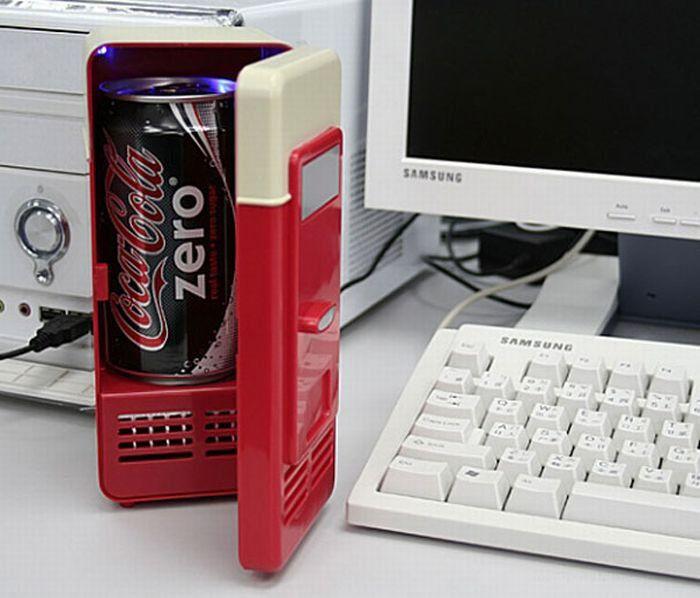 Портативный холодильник, работающий от USB.